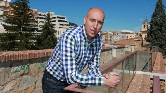 El portavoz municipal socialista en el consistorio leonés, José Antonio Diaz. 2015. Fuente: joseantoniodiez.com.