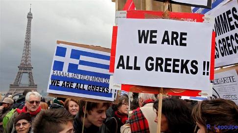 Manifestación de apoyo a Grecia en París. 'Somos todos griegos'. 2015. Facebook.com.