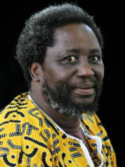 El poeta y escritor Chenjerai Hove.