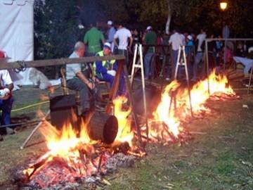 Un magosto en Páramo del Sil, 3-4-nov. 2007. Fuente: Ayuntamiento de Páramo del Sil.