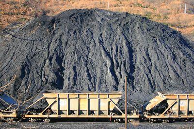 Una imagen del carbón en Laciana. Fuente: filonverde.es.