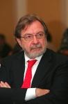 El periodista español Juan Luis Cebrián. Periodistadigital.com.