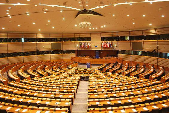 Hemiciclo del Parlamento Europeo en Bruselas. 28 jun. 2011. Foto: Ash Crow.