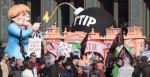 Manifestación de Berlín contra el acuerdo comercial que negocia la UE con EEU.UU. 10 oct. 2015. Publico.es. Efe.