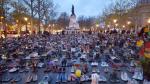 Miles de París expuestos en la plaza de la República. París, 29 nov. 2015. Avaaz.org.