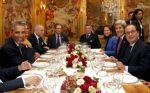 Barack Obama cena con presi francés, F Hollande y otros funcionarios de ambos países. París, restaurante Ambroisie. París, 30 nov. 2015. Efe.