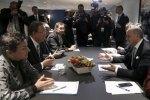 Christiana Figueres, Laurent Fabius y Ban Ki-moon en Le Bourget, este sábado. Elmundo.es. Reuters.