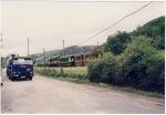 El Ponfeblino con viajeros arrastrado por una locomotora diesel. Ponfeblinoblogspot.com.es.