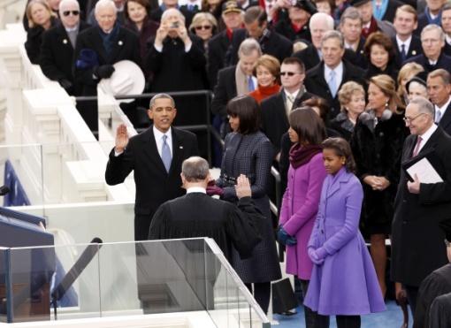 El presidente Barack Obama jura públicamente su segundo mandato. 22 enero 2013. Globelia.com.