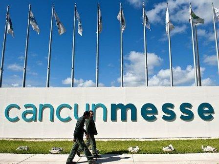 Exterior de la COP16. Cancún, 2010. Fuente: rpp.com.pe.