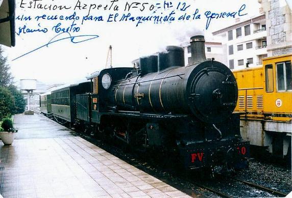 La locomotora FV50 sirvió en la línea Ponferrada-Villablino, aunque ahora arrastre el tren turístico de Azpeitia. Foto: Marino Castro.