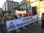 La Plataforma por un Trabajo Digno y Sostenible en su primera manifestación pública. Ponferrada, 15 oct. 2011. Foto: Enrique L. Manzano.