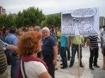 Manifestación para reclamar al Grupo Alonso el pago de los salarios adeudados. Ponferrada, 15 sept. 2010. Foto: Enrique L. Manzano.