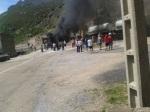Mineros cortando el tráfico ferroviario cerca de  Vegacervera. Elecodelbierzo.com. Foto: T. Núñez.