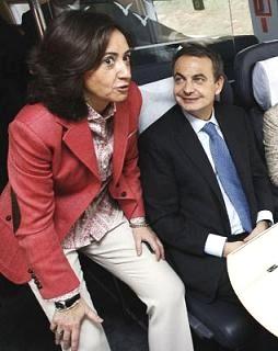 Rosa Aguilar en una foto de archivo con el presidente José Luis Rodríguez Zapatero. Larepublica.es.