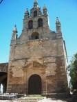 Una imagen de la ermita del Santo Cristo en los Barrios antes de su reciente restauración. Villar, 26 mayo 2010. Foto: Enrique L. Manzano.