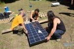 Preparando el suministro eléctrico del campamento del 15M en Sosas de Laciana. 2011. Gallery.me.com. Danybombita.