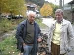 El alcalde pedáneo de Valdefrancos, Jesús Morán y Tarsicio Carballo. Valdefrancos, 31oct. 2010. Foto: Enrique L. Manzano.