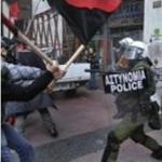 Enfrentamientos con los antidisturbios en Atenas. 2010.