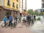 Estreno del primer carril bici urbano en Ponferrada, un logro de la Asociación Cultural Ecobierzo. 10 oct. 2010. Foto: Enrique L. Manzano.