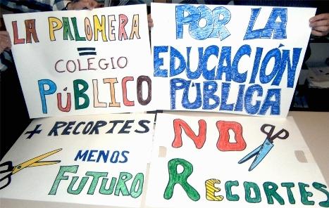 Pancartas contra los recortes en la enseñanza pública. 2012. Seccooleon.blogspot.com.