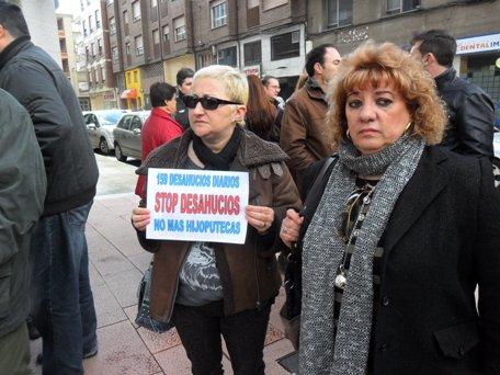 Protesta ciudadana contra los desahucios. Ponferrada, 18 marzo 2013. Foto: Enrique L. Manzano.