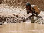 Agua contaminada. 1.800 millones de personas beben agua contaminada en todo el mundo. Anca24.