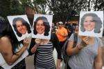 Activistas protestan por la muerte de Berta Cáceres. Tegucigalpa, 3 marzo 2016. Lavanguardia.com. Orlando Sierra. Afp.