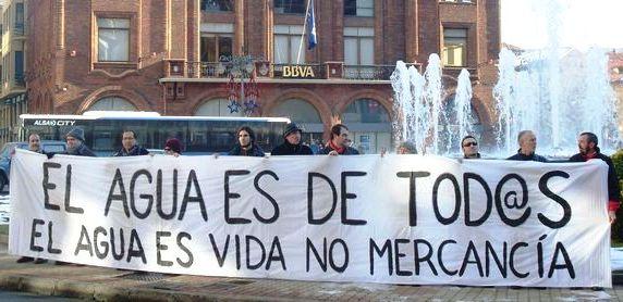 Protesta contra la privatización del agua en León. 17 enero 2009. Leonoticias.com.