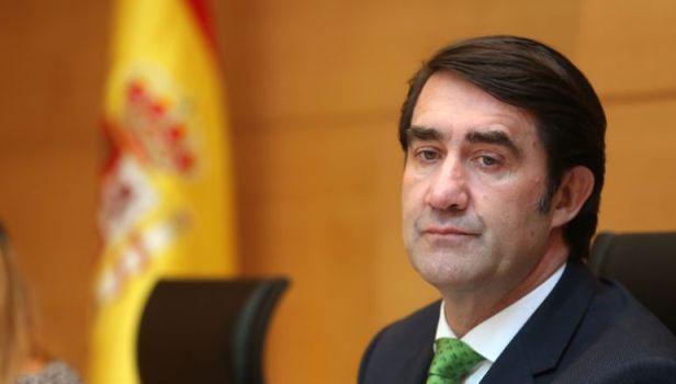 El consejero de Fomento y Medio Ambiente, Juan Carlos Suárez Quiñones. 2016. Cadenaser.com.